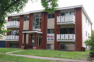 Ready To Move in Immediately! Whyte and University Area!