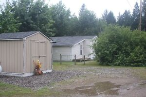 ON THE RIVER  Nov 1st 4 bed 2 bath mobile home on Salmon River