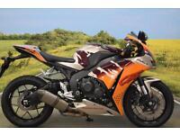 Honda CBR1000RR 2014**ASV LEVERS, SEAT COWL, AKRAPOVIC EXHAUST, TANK PAD**