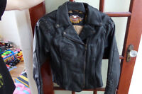 LADIES HARLEY OWNERS GROUP LEATHER JACKET