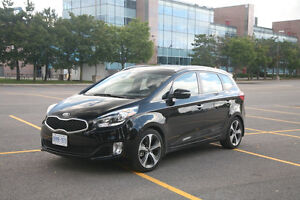 2014 Kia Rondo EX Luxury w/Nav Wagon - Reduced to 17,000