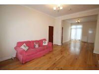 3 bedroom house in Naylor Road, Whetstone, N20