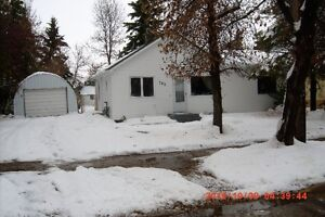 3 BEDROOM HOUSE FOR RENT - STAR CITY,SK. - 950.00 MONTH
