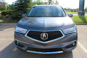 2017 Acura MDX ELITE SH-AWD (Almost Brand New )