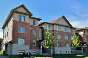 Barrhaven 2 plus 1 bed/den - Bungalow feel-spacious condo!!