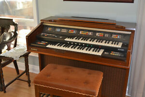 Kawai 2 Manual Electric Organ