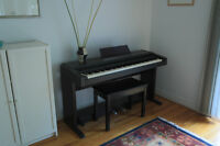 ROLAND Piano  (Cash only & Pick up)
