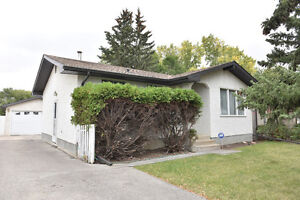 3 Bdrm Bungalow in East Regina Backing a Park with a Garage