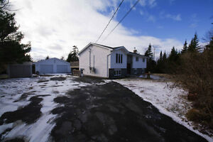 NEW PRICE! 28 Michelle Dr 1.42 acres Double Garage