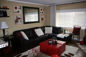 Beautifully Decorated-Furnished-All inclusive-3Bdrm-Avail May 1