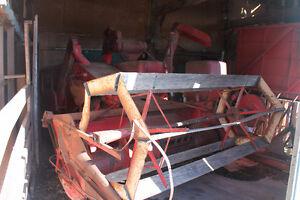 massey harris 60 combine/jd 450 manure spreader/pull type swathe Belleville Belleville Area image 3