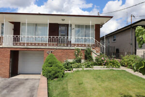 3 bdrm bungalow, main level avail for 1 yr lease (Jane & Shepp)