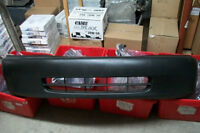 97-98 Mazda 323 Protege 4 Dr Pare-Chocs Neuf Front Bumper Cover