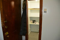 $620 Apartment Available (McGill Ghetto)