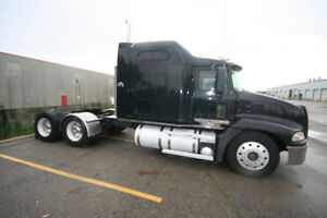2006 Mack Sleeper