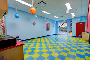 * Daycare * Garderie * Permit for 80 children, nice location! West Island Greater Montréal image 8