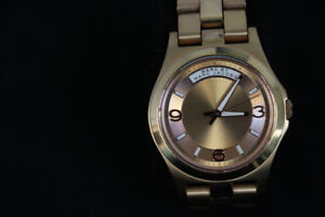 **BEAUTIFUL** Marc by Marc Jacobs Ladies' Watch, MBM3232