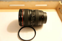 canon 24-105mm f/4L IS USM - MINT CONDITION