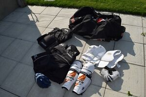 hockey equipment, excellent condition