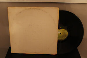 "THE BEATLES"" WHITE ALBUM"" 2 LP. Capitol records."