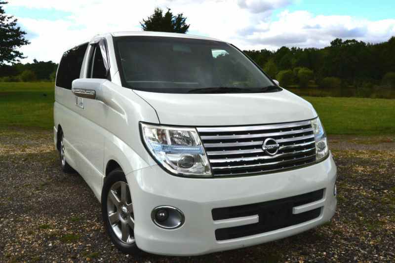 FRESH IMPORT 2005 FACE LIFT NISSAN ELGRAND HIGHWAY STAR 3