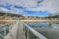 SICAMOUS - CONDO FULLY FURNISHED- White Pines - MLS®