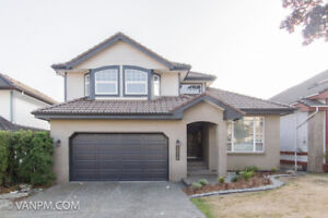 6BED 2DEN 3.5BATH Westwood Plateau at Coquitlam Entire Home