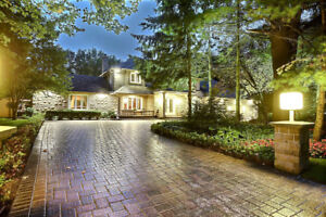 ***AWESOME HOME WITH IN-GROUND POOL***