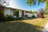 Just Listed! 5 Bedroom Bungalow in Britannia Youngstown!