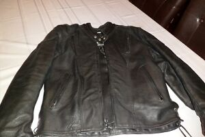 Men's small leather motorcycle jacket - with armour