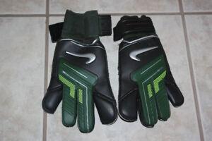 Nike GoalKeeping Gloves.  Adult Size 7.  Brand new.