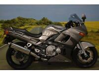 Kawasaki ZZR6 2002**MOTRAX HEATED GRIPS, ADJUSTABLE SUSPENSION, TANK PROTECTOR**
