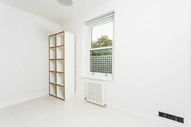 Superb 4 bed + reception room (could be converted to 5th room) in Camden road, newly renovated