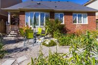 GORGEOUS HOME IN HESPELER SPACIOUS ROOMS & BACKYARD OASIS