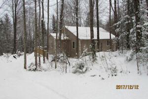 Private & Cozy  Countryside Cabin near Bancroft