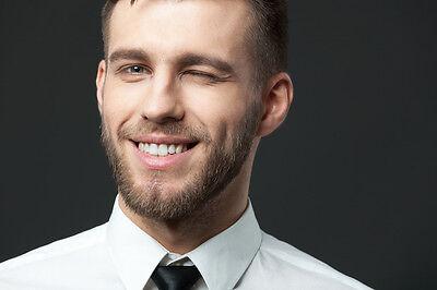 Bestnoten für Haare, Haut und Zähne: Aktivkohle macht es möglich. (© Thinkstock via The Digitale)