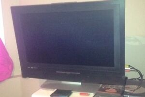 26 in rca TV n will throw a 360 in with it if I get 200$