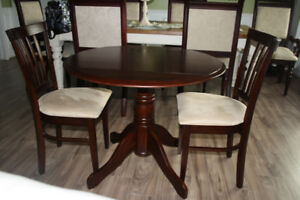 Drop leaf table and chair set