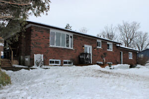 **JUST LISTED** -Mins to Peterborough-Brad Sinclair Flat Rate