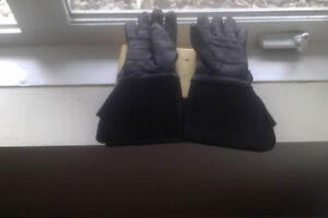 LEATHER MOTOCYCLE GLOVES