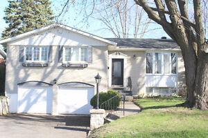 Newly Renovated 3 Bedroom Bungalow in DDO available July 1st