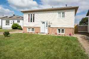 House for Rent Backing onto 2 Schools in Dickinsfield!