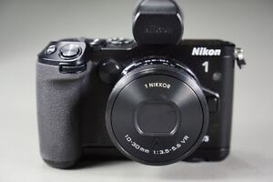 Nikon 1 V3 Kit - LNIB with Low Shutter Count **PRICES REDUCED**