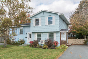 JUST LISTED! Perfect home for first time home buyers!