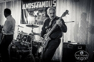 Bass player looking to jam