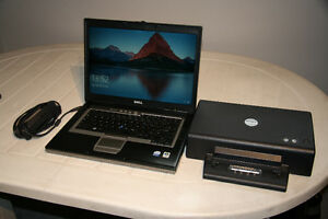 Portable Laptop Dell D830, Core 2 Duo T7700, 2.40 GHz hdd 320gig