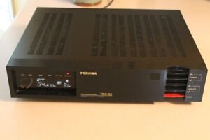 Toshiba TRX-80 C/KU Band Satellite Receiver/Positioner & VC Modu