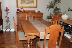 Very Special Antique Oak Six Piece Dining room Set