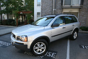 2003 Volvo XC90 T6 No Accidents 7 Passenger 137000 kms Only !!!