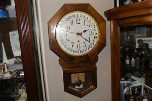c. 1890 antique Calendar clock - working with key